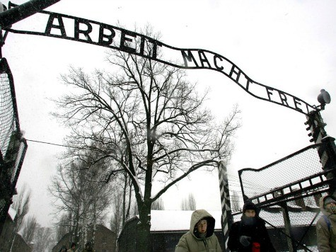 Germany Charges Alleged Auschwitz Guard, 93