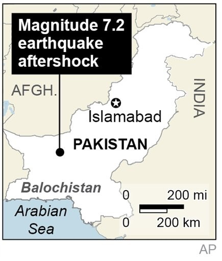 Bomb Kills 2 Pakistan Soldiers in Quake-Hit Region