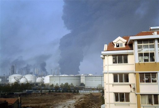 Oil Pipeline Blasts in Eastern China Kill 22