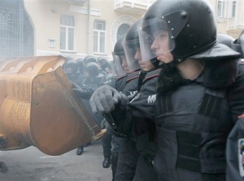 World View: Ukraine Again in Crisis as Anti-Government Rioters Demand President's Resignation