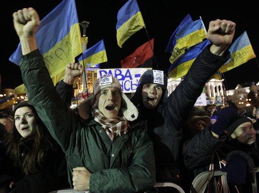 Kiev Protests Continue, Resolution Elusive
