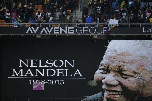 World Leaders, South Africans Honor Mandela