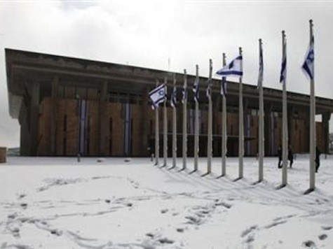Israel Hit With Heaviest Snowstorm in 60 Years
