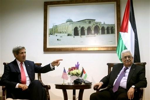 Kerry Meets Israel's Netanyahu to Push Peace Talks