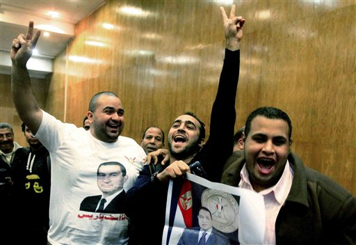 Egypt: Mubarak's Sons, PM Acquitted of Corruption