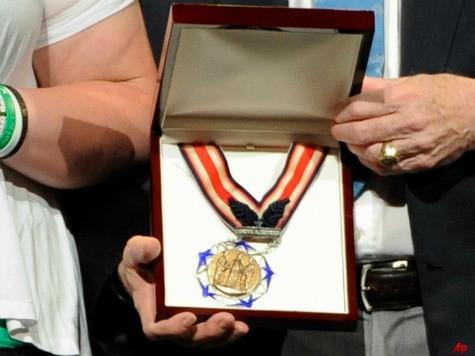Citizen Honors Medal Recognizes Heroes Among Civilians