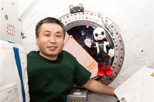 Japan Robot Chats with Astronaut on Space Station