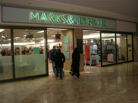 Marks & Spencer Under Fire for Allowing Muslim Employees to Refuse Selling Alcohol, Pork
