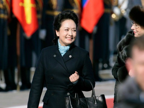 World View: China's First Lady Steals Spotlight in Africa