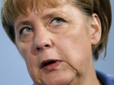 Merkel: 'Anyone with a Heart' Wants to Help Syria Rebels