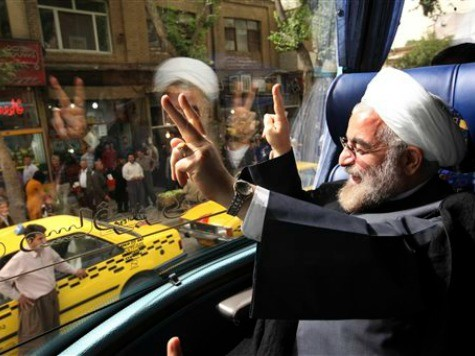 Rouhani Claims Iran a Bulwark Against 'Terrorists' in Mideast