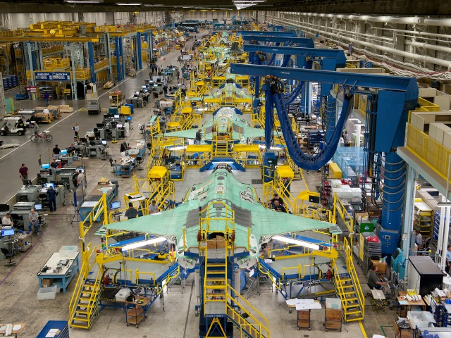 Lockheed Cuts 600 Jobs, Says Not Linked to Shutdown