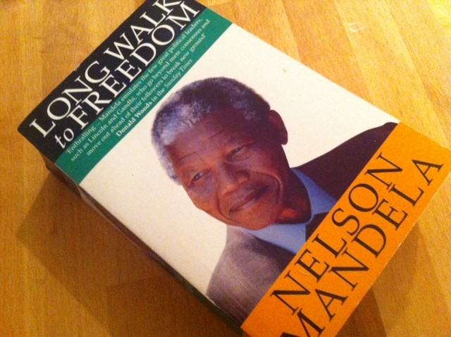 Secret Mandela Autobiography Reveals Soviet Sympathies