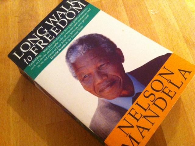 Secret Mandela Autobiography Reveals Soviet Sympathies