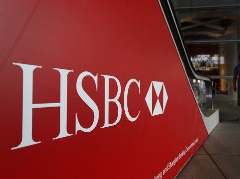 World View: HSBC Cash Withdrawal Restrictions Raise Fears of Bank Runs