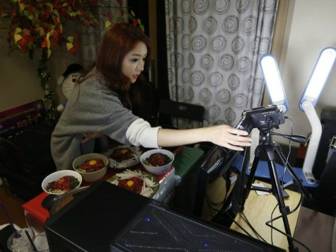 Korean Woman Makes More Than $9,000 a Month by Eating on Camera