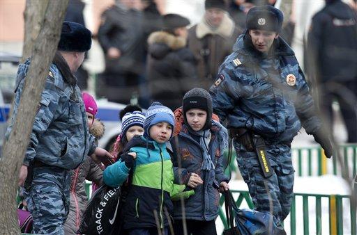 Student Kills Teacher, Policeman in Moscow School