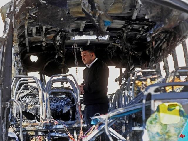 Egyptian Bus Explosion Kills Three South Korean Tourists