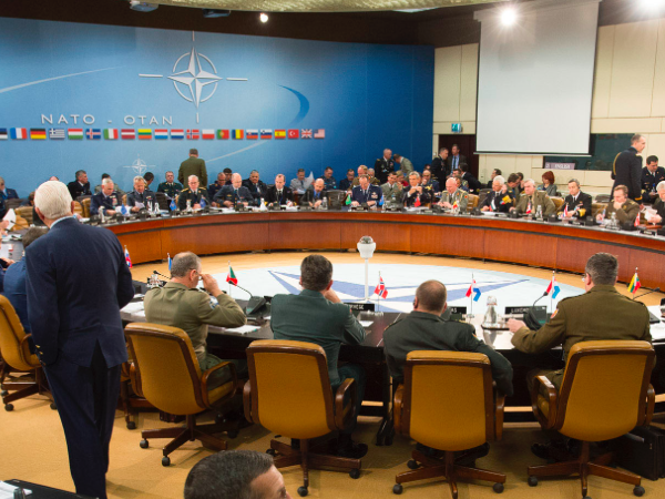Poland Convenes NATO to Discuss Russia, Ukraine, Crimea