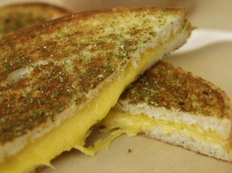 Canadian 2-year-old Suspended from Daycare for Bringing Cheese Sandwich