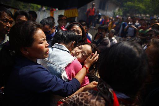 Sherpas Consider Boycott After Everest Disaster