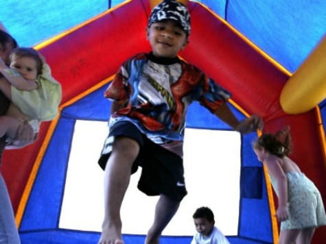 Wind Sweeps Five Bouncy Castles in Spain, Injuring 23