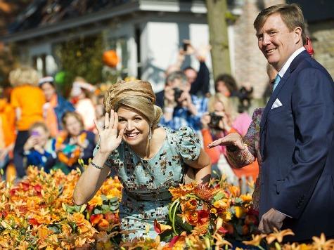 Scandal in the Netherlands: Mayor Denies Grabbing Queen's Buttocks