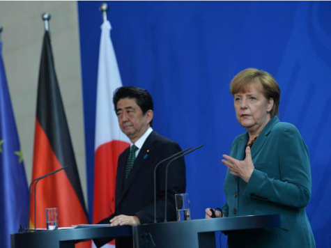 Japan, Germany Vow to Continue Sanctions on Russia over Ukraine Crisis
