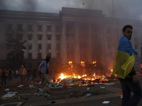 Ukrainian Police Detain 130 in Odessa, Fights Erupt During Cleanup