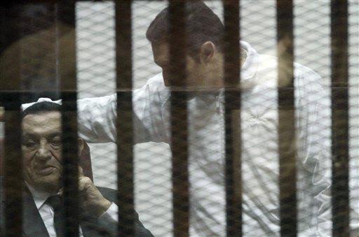 Former Egypt President Mubarak Sentenced to 3 Years for Graft