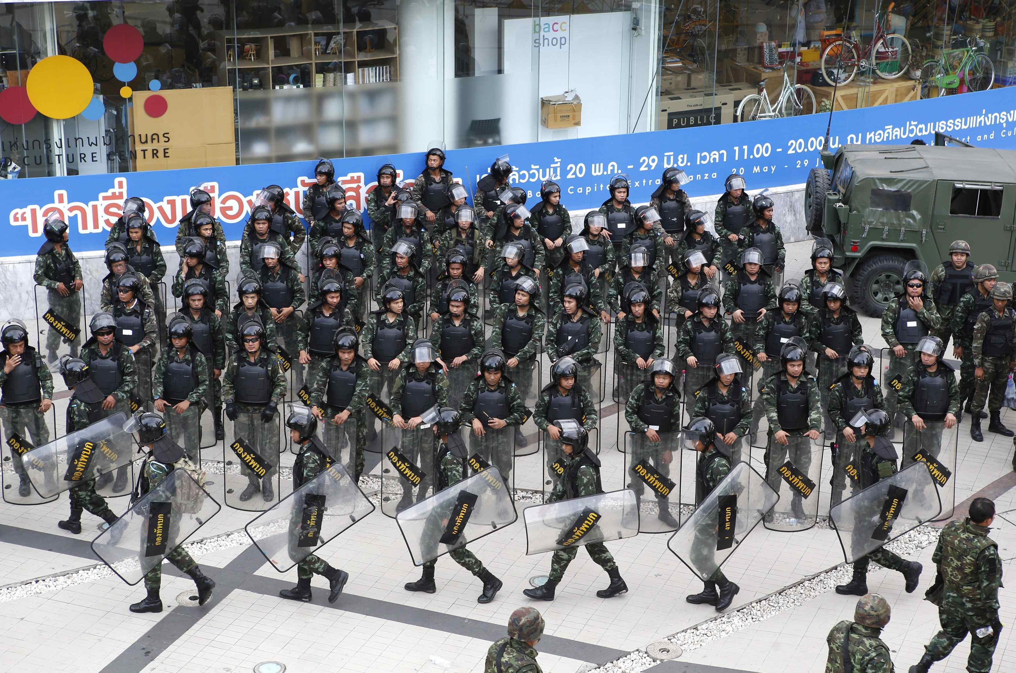 Thai Army Rulers Prepare Emergency Economic Measures