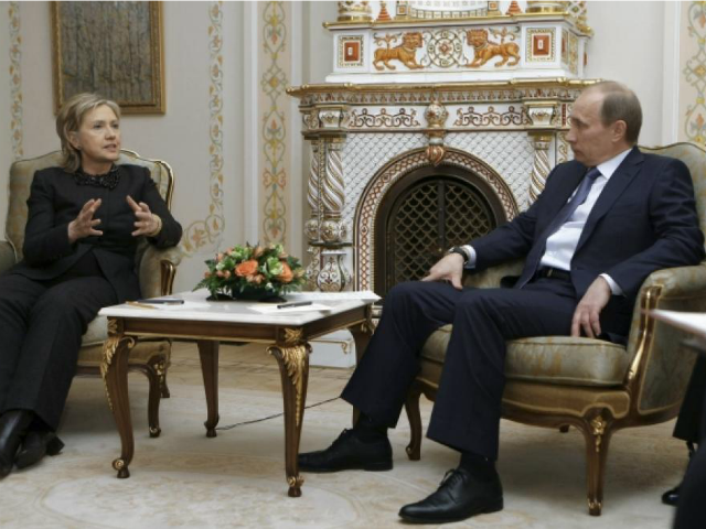 Putin on Hillary Clinton's 'Hitler' Remarks: 'It's Better Not to Argue with Women'