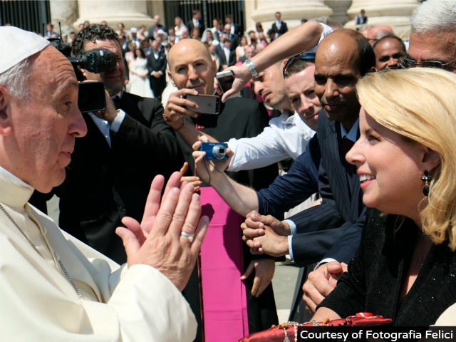 U.S. Journalist Lands Exclusive Pope Francis Comment on Mideast Peace Process: 'Pray, Pray, Pray'