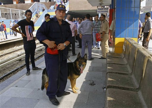 4 Blasts Hit Cairo Subway Stations, Court, Wound 3