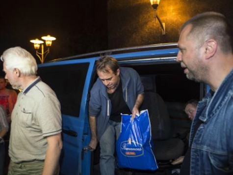 Pro-Russians in East Ukraine Release Four OSCE Members Held Hostage
