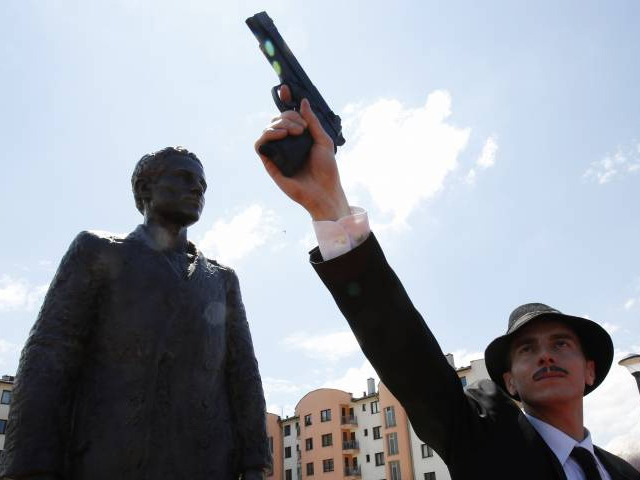 Sarajevo Serbs Unveil Monument to Gavrilo Princip, The Assassin Who Triggered WWI