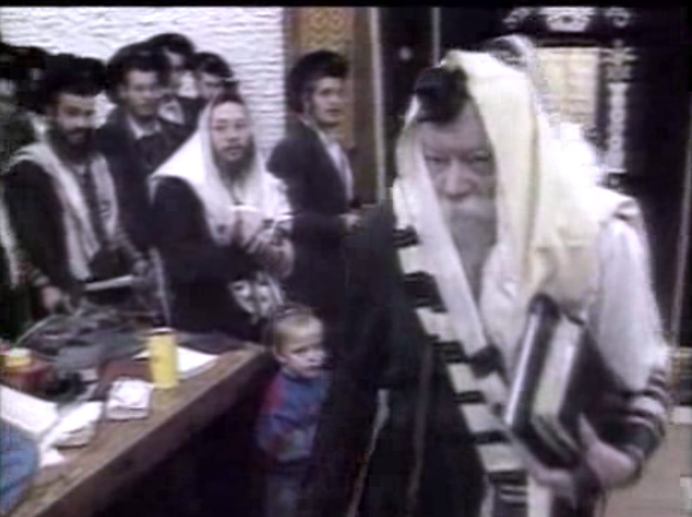 Rabbis Flood Brooklyn to Mourn 'Lubavitcher Rebbe'–20 Years After