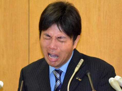 Japanese Politician Issues Sobbing, Fist-Pounding Public Apology