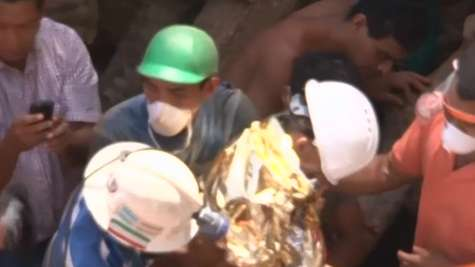 Rescuers Free 3 Trapped Honduran Miners, 8 Still Missing