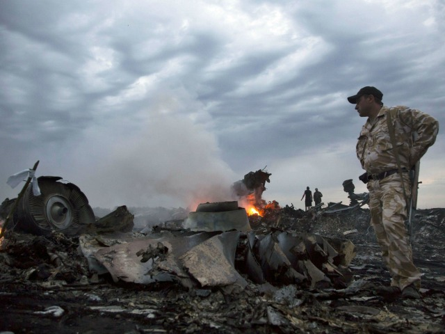 Russian Government Allegedly Edits Malaysia MH17 Wikipedia Entry to Blame Ukraine