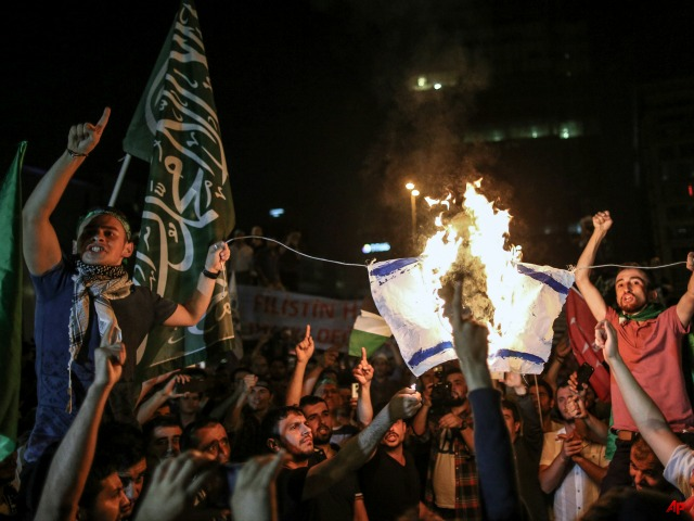 Turkish Anti-Israel Protests Grow Violent, Threats Made to Jewish Community
