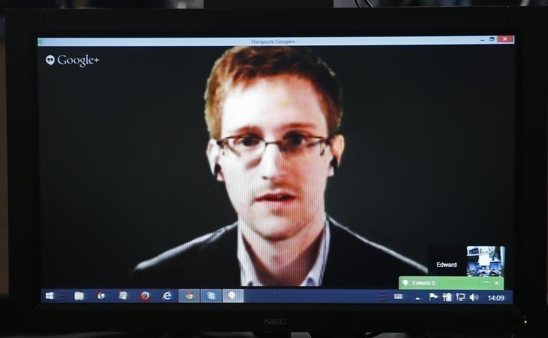 Snowden Seeks to Develop Anti-Surveillance Technologies