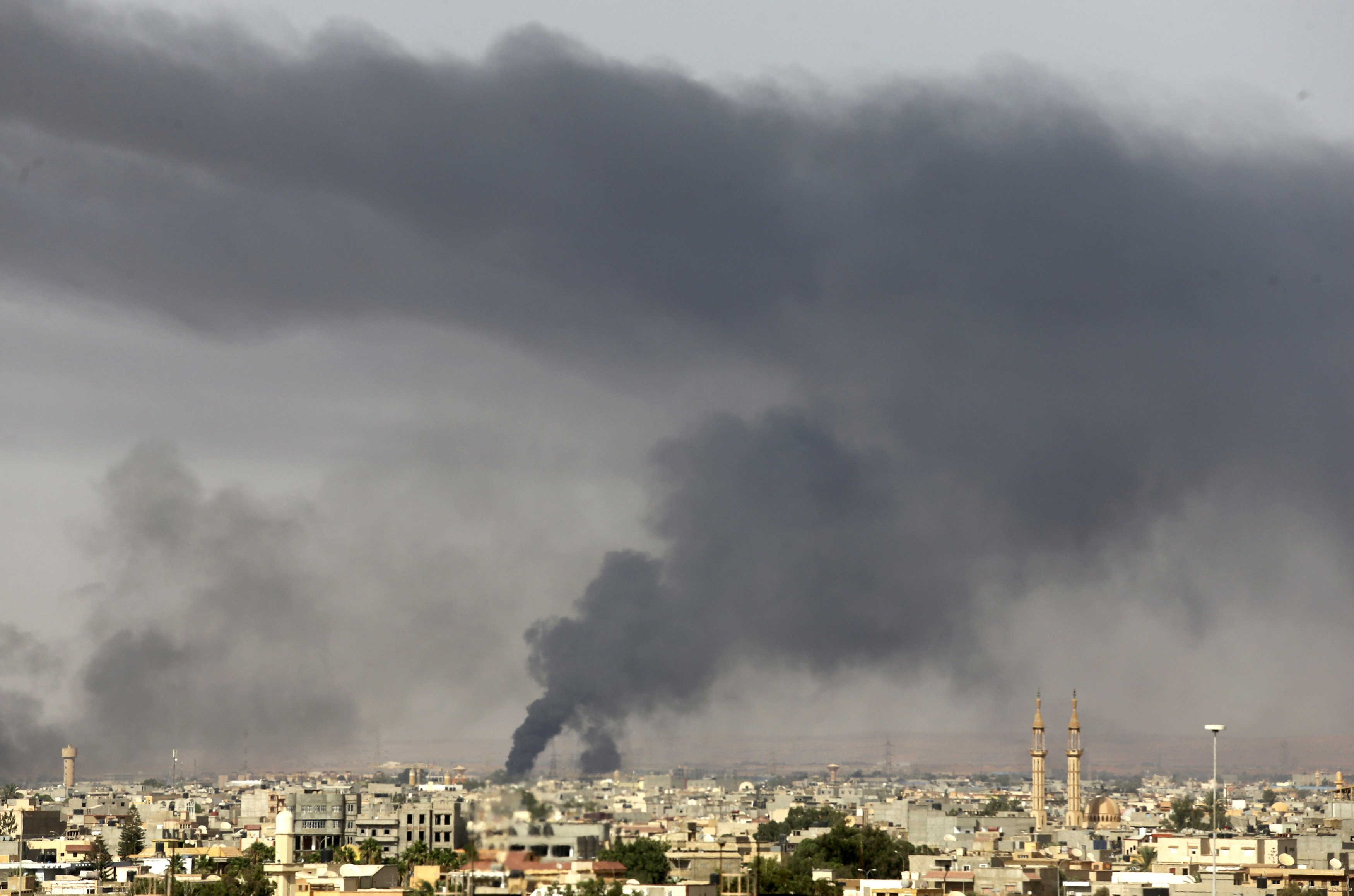 At Least 30 People Killed in Libya's Benghazi in Heavy Fighting