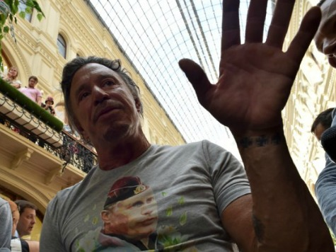 Russians & Mickey Rourke Wait Two Hours to Purchase Vladimir Putin T-Shirts