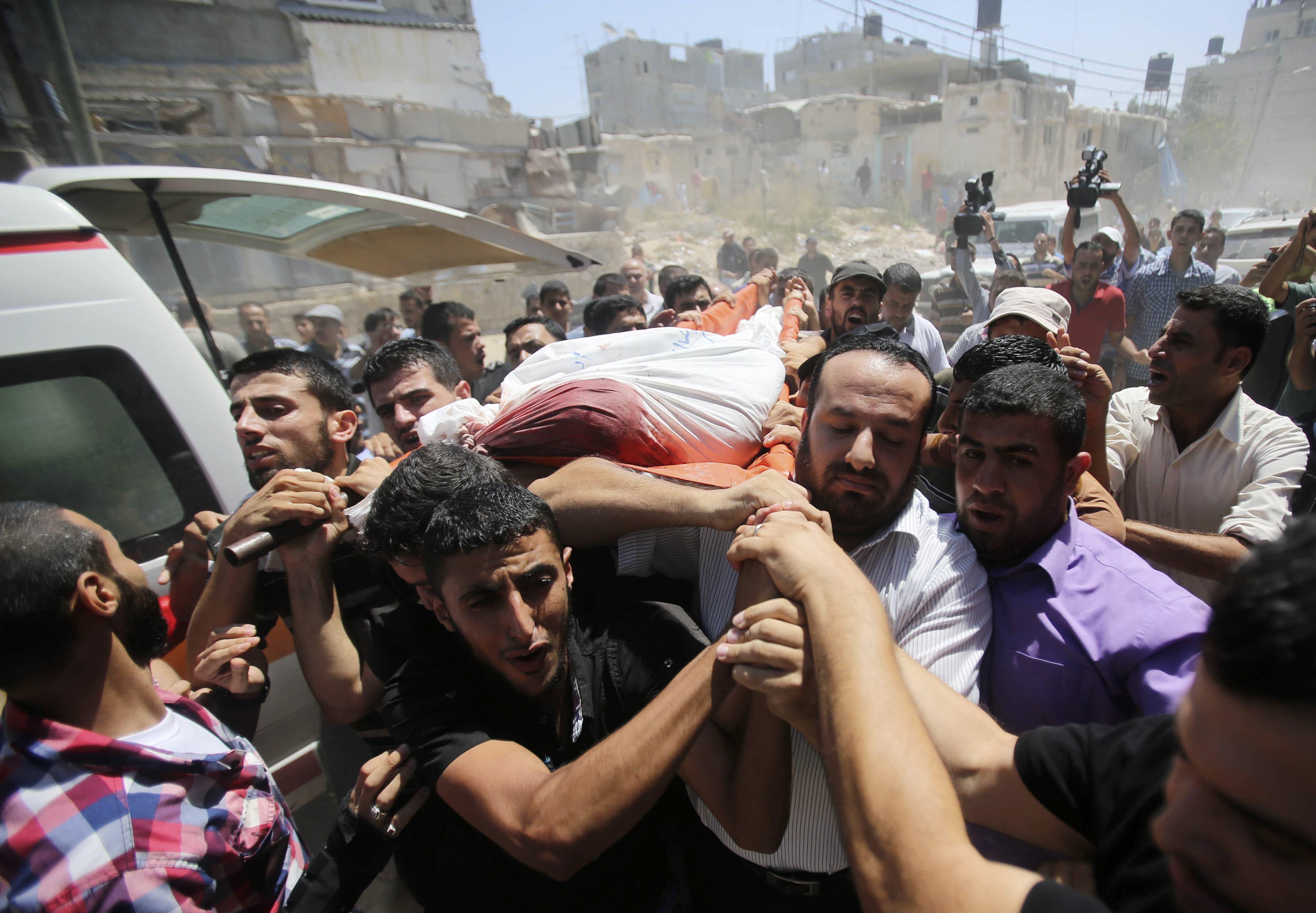 Israeli Air Strike Kills Three Hamas Commanders in Gaza