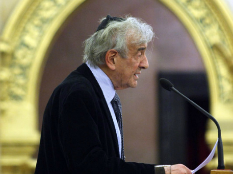 'Holocaust Victims,' Relatives Challenge Elie Wiesel for Defending Israel