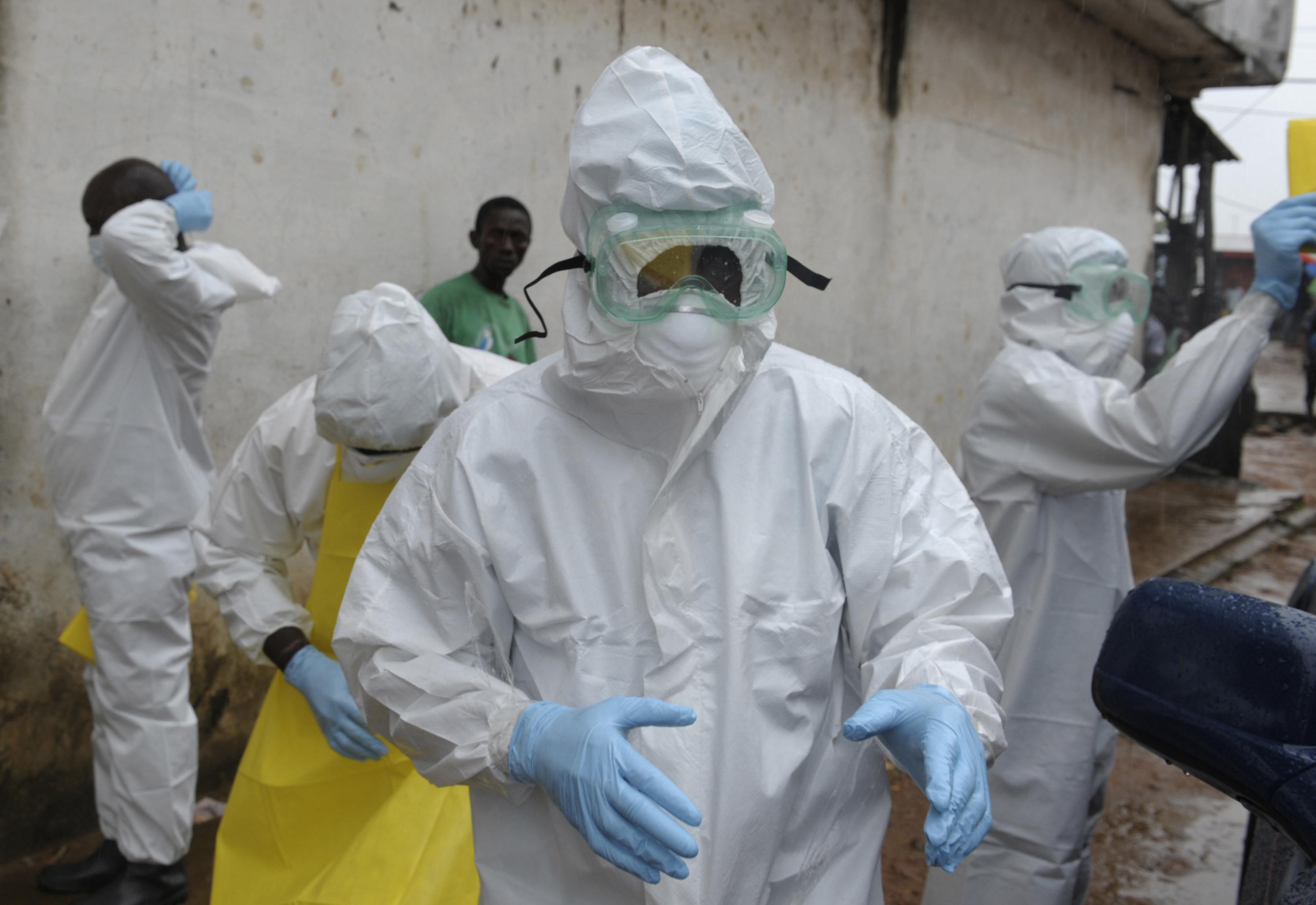 Ebola Outbreak Reaches Senegal, Riots Break Out in Guinea