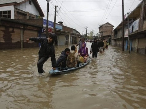 Heavy Rains Kill 73 in Pakistan as Floods Spread