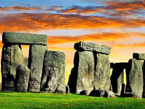 """Obama Visits Stonehenge: """"How Cool Is This!"""""""
