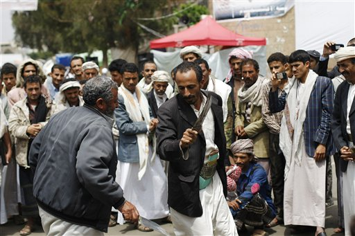Fierce Fighting in Yemeni Capital Kills 120